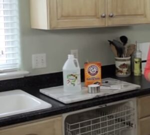 Use bleach wash for cleaning dishwasher
